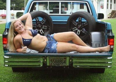 Bikini Model River Modeling with Classic Truck for Swim Rags (3)